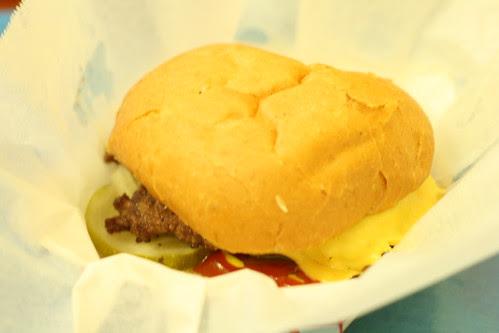 Edzo's Burger