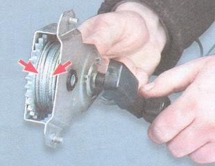 статья про Замена механизма стеклоподъемника передней двери ВАЗ 2106