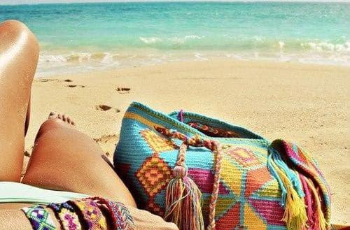 7 πράγματα που πρέπει να έχεις μαζί σου στη θάλασσα!