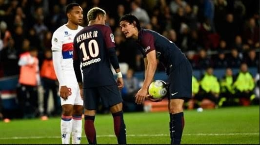 'Neymar Is Childish, Would Not Have Treated Messi Like That'- Forlan