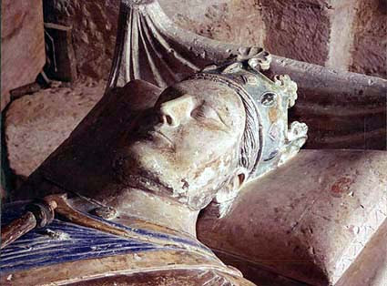 http://www.rennes-le-chateau-archive.com/images/prieure_de_sion/henry2_tombe.jpg