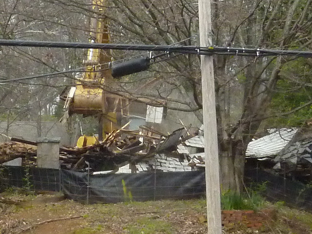 P1170853-2013-03-20--1148-North-Highland-Teardown-demolition-front-east-side-from-across-street-plinth