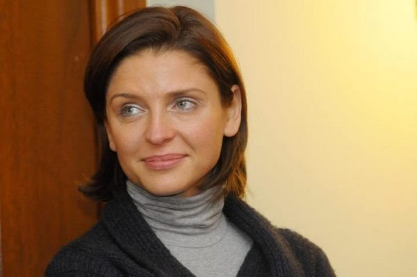 most-gorgeous-female-politicians-joanna-mucha