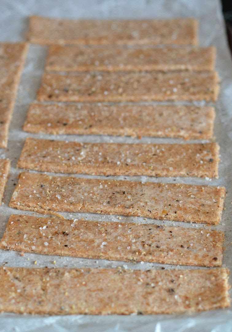Sea Salt & Black Pepper Crackers for Soup