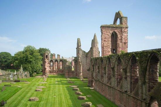 Arbroath Abbey: Arboath Abbey