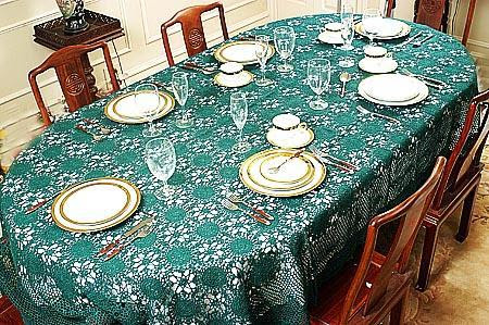 Dining Table Decorations How To Decorate A Dining Table Dining Table Decoration Ideas Dining Table Decor Dining Table Decorating Designs Ideas Gharexpert Com