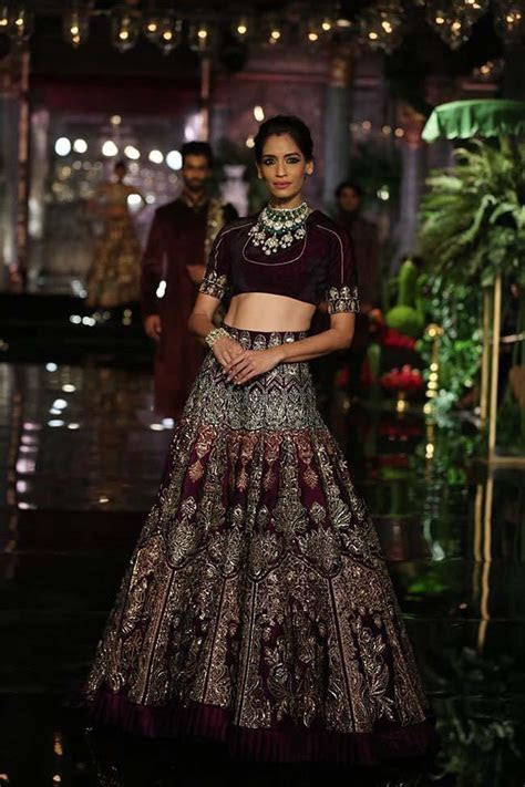 Top 16 Bridal Dresses by Manish Malhotra for the Year 2019
