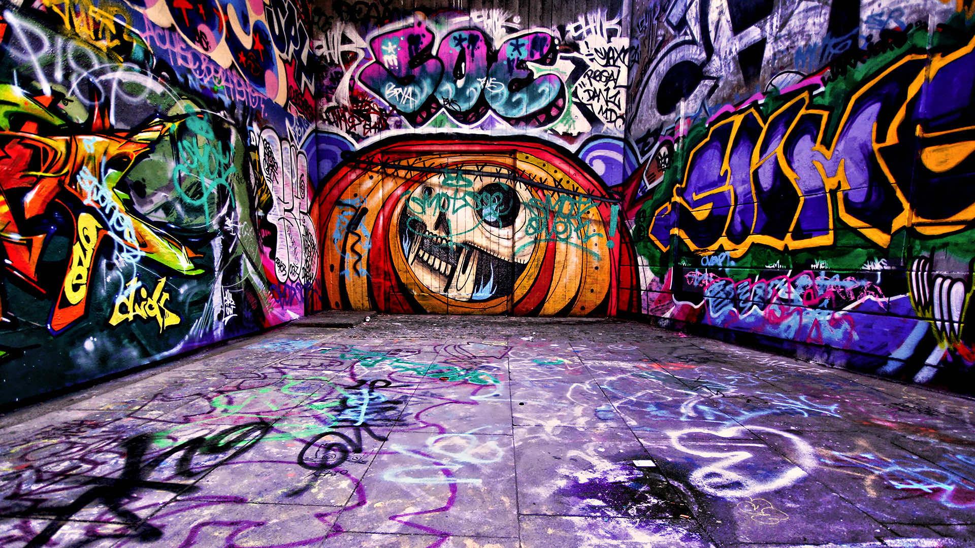 Download Free Graffiti Wallpaper For Laptop & Desktops