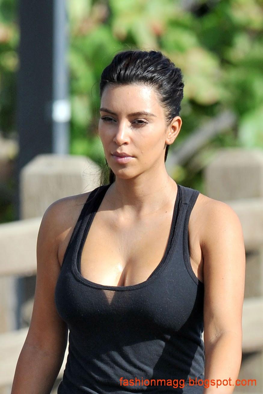Kim-Kardashian-on-the-Morning-Walk-on-a-Beach-in-Miamii-Photoshoot-5