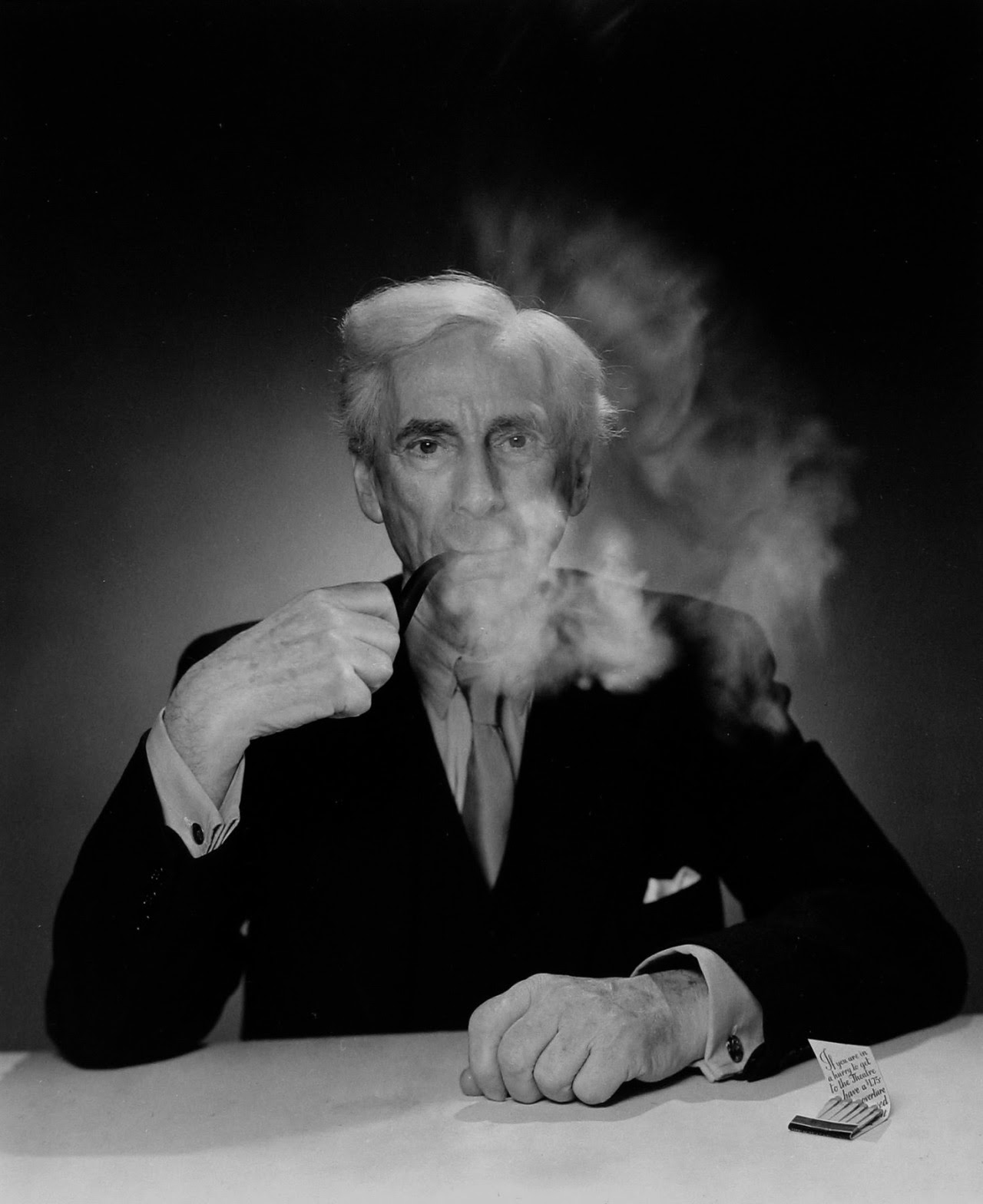 Bertrand Russell ░ 1945