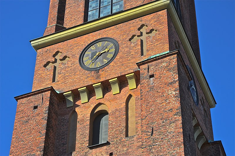 File:Riddarholmskyrkan tornets sydsida.jpg