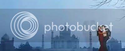 http://img.photobucket.com/albums/v252/BollyNuts/Vaaranam%20Aayiram/38.jpg