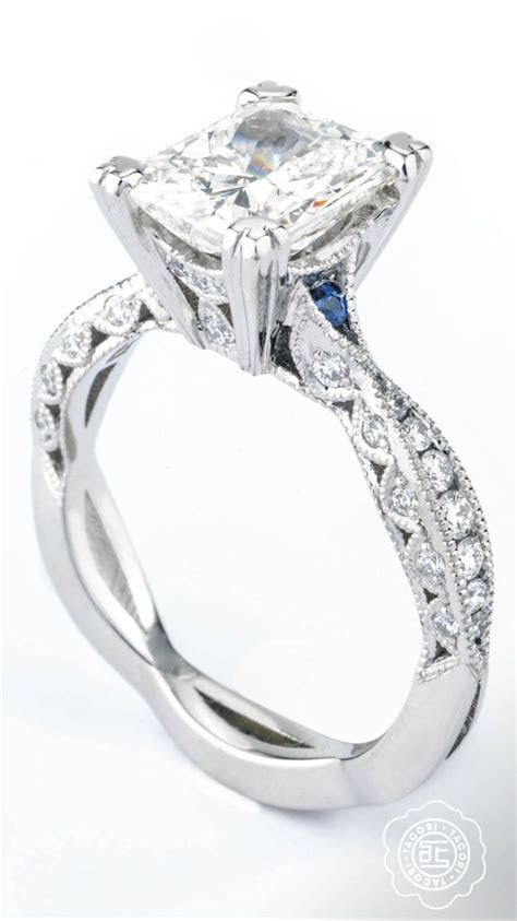 Spotlight sapphires on this classic Tacori engagement ring