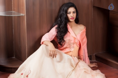 Daksha Nagarkar Latest Photo Shoot - 5 of 15