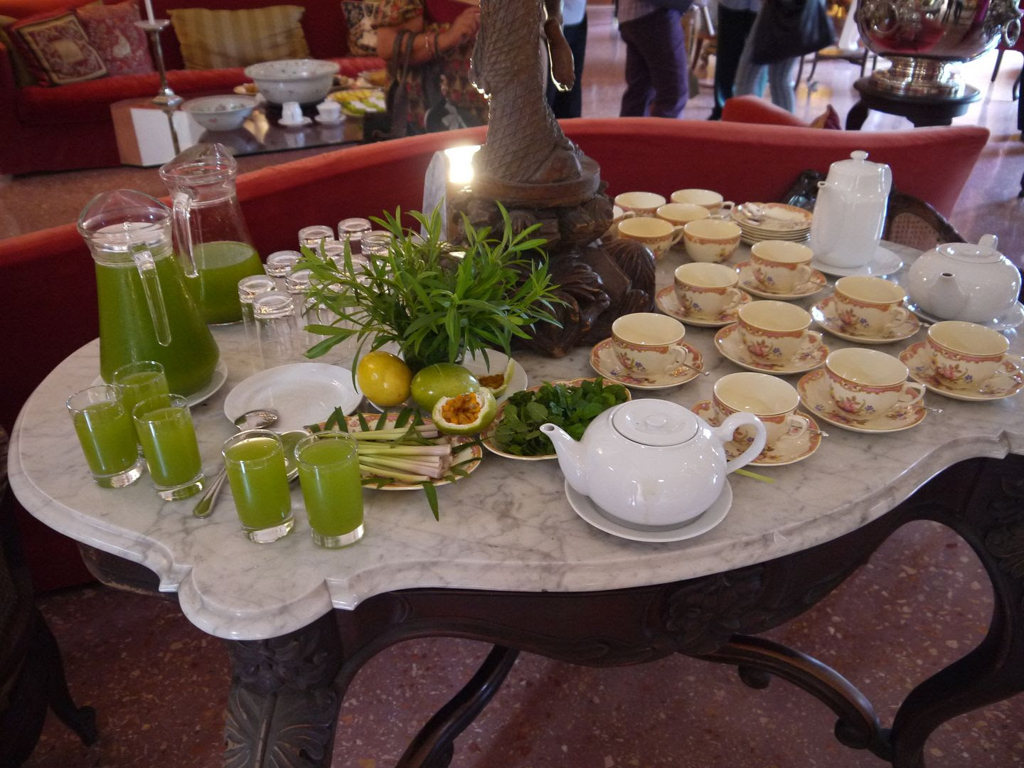 "2012.01.20, At our ""tea"" they served all kinds of drinks including an amazing lemongrass, mint and passionfruit one!!"