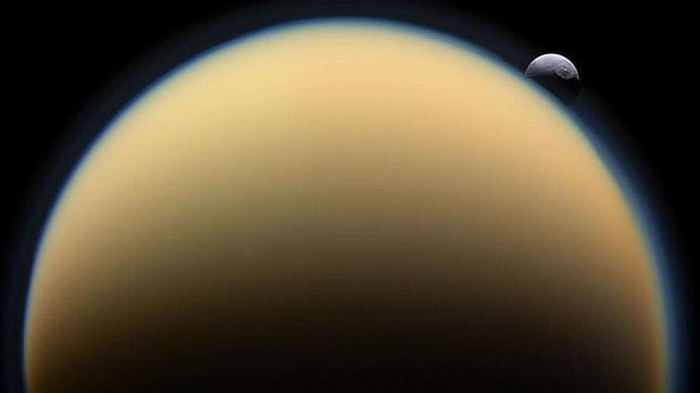 Titán, más parecido a la Tierra de lo que se creía