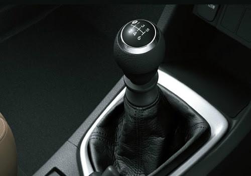 Toyota Corolla Altis - Gear Shifter Interior Photo