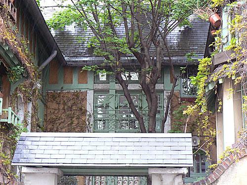 maison campagne montmartre 2.jpg