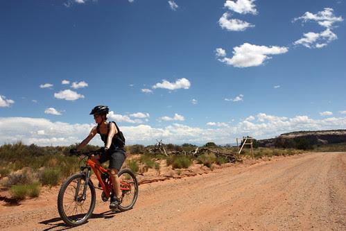 Mountain Biking on Shafer Trail