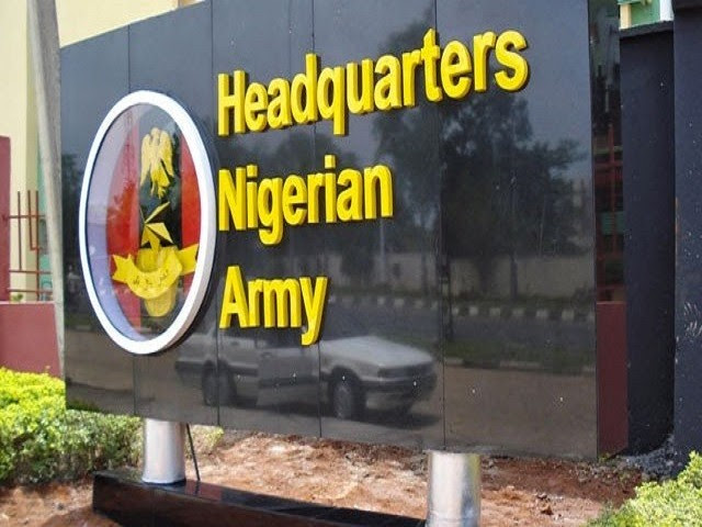 http://www.naijaloaded.com.ng/wp-content/uploads/2016/03/Nigeria-Army-Headquarters-soldier-640x431@2x.jpg