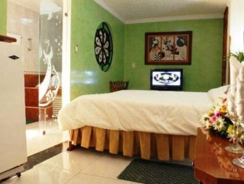 Discount Hotel D' Leon