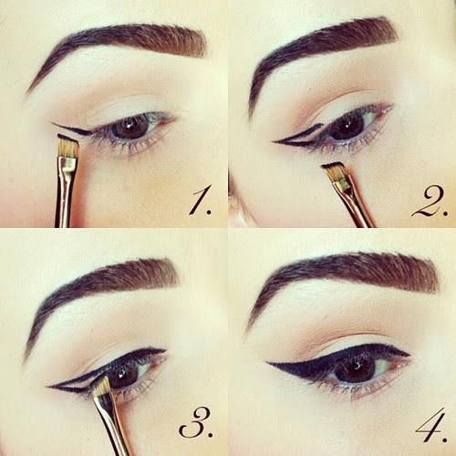 Membuat Eyeliner