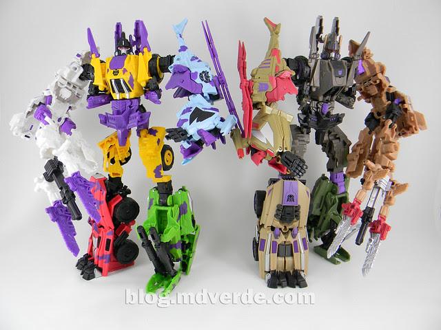 Transformers Bruticus G2 Fall of Cybertron - modo combinado vs SDCC