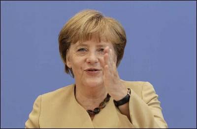 Angela Merkel sigue empeñada en marcar el camino de los recortes al resto de la UE.