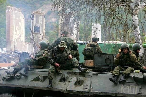 село Переви опять оккупировали российские военные