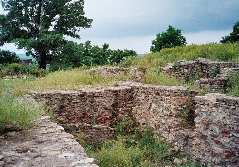 Танаис. Фрагменты древних построек