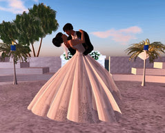Thorne-Darwin Wedding - Kiss