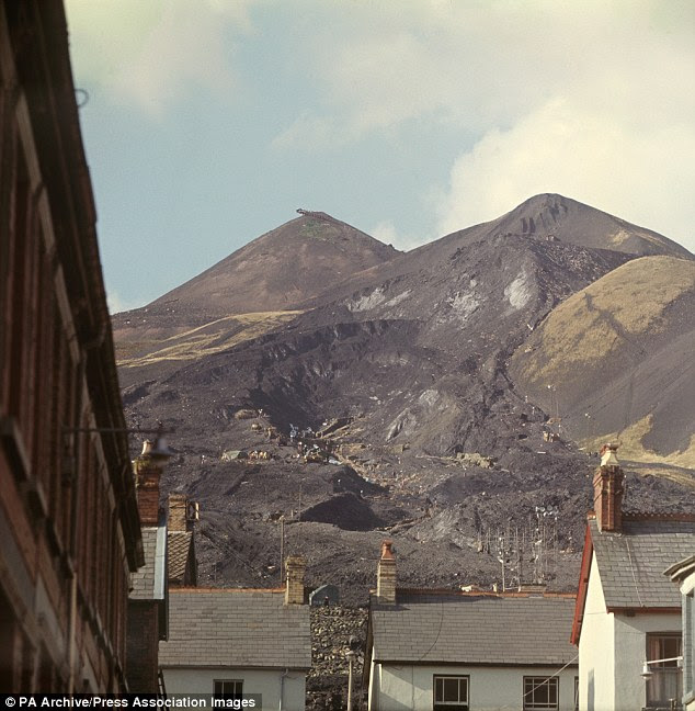 The moving mountainside of coal sludge after the disaster at Aberfan on October 21, 1966