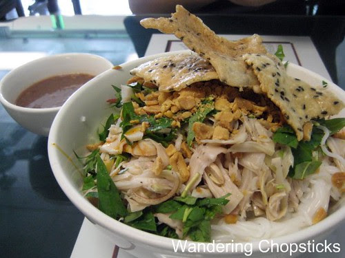 Ngu Binh Restaurant - Westminster (Little Saigon) 11