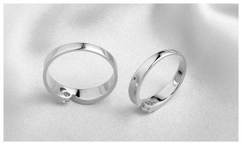 Two Half Hearts Puzzle Couple Rings Set for Women and Men