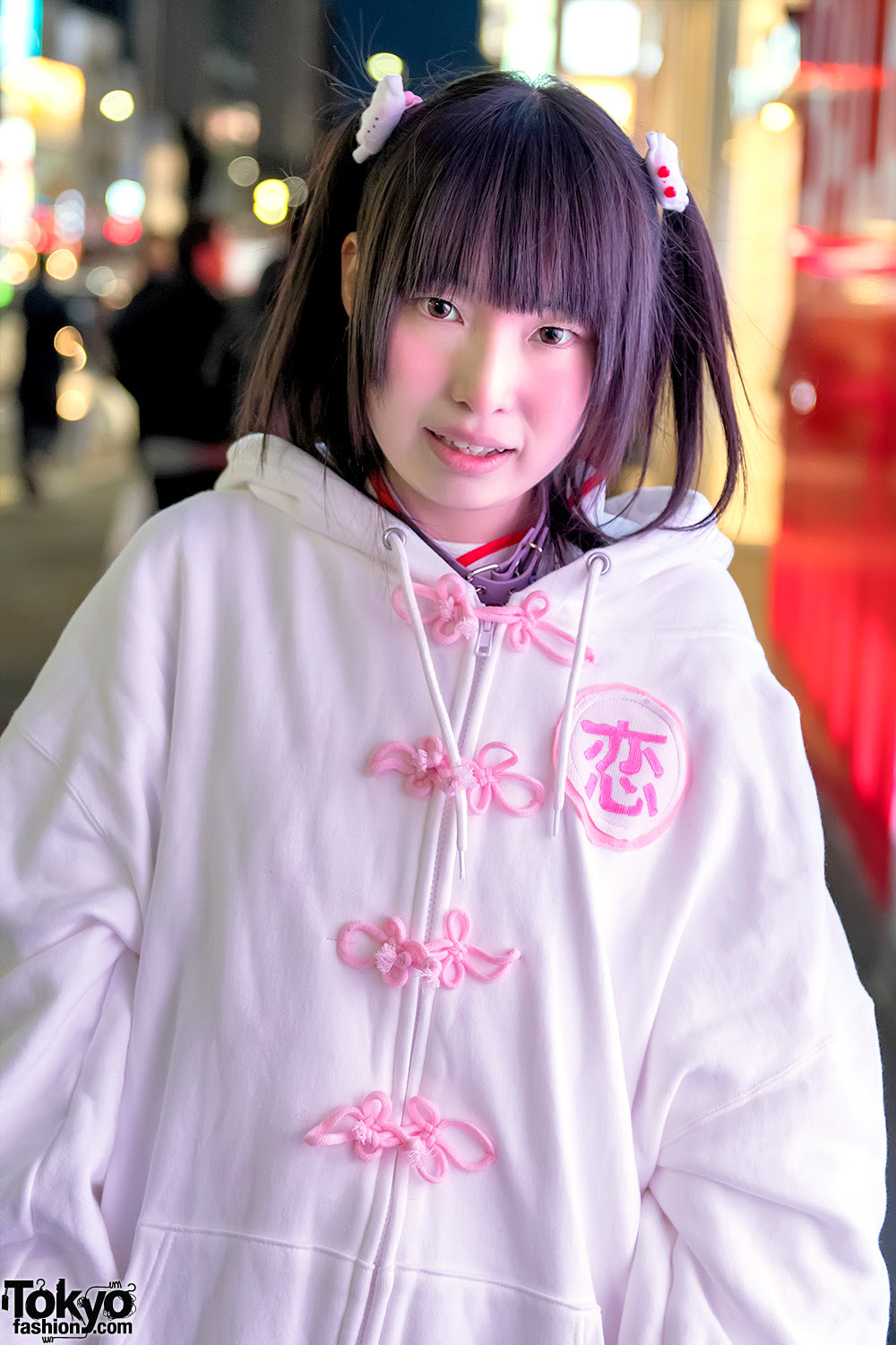 harajuku girl in zzz oversize hoodie nile perch candye