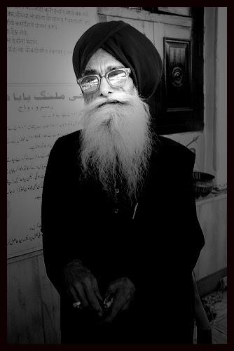 Sufi Sardar Bawa of Haji Malang by firoze shakir photographerno1