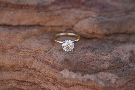 Simple And Minimalist Engagement Ring You Want To ? Bridalore