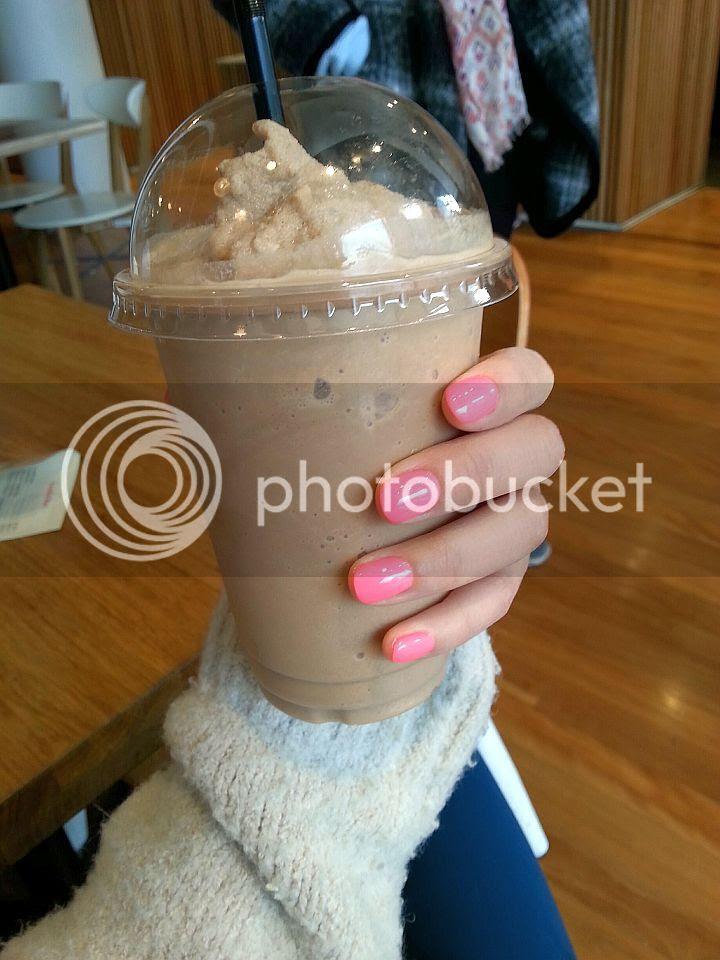 photo pink-nails_zpsilsxjoo3.jpg