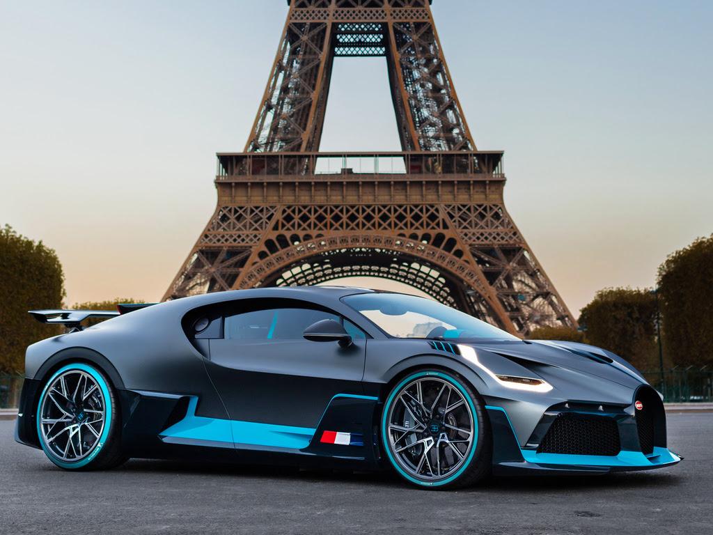 1024x768 Bugatti Divo In Paris France 1024x768 Resolution ...