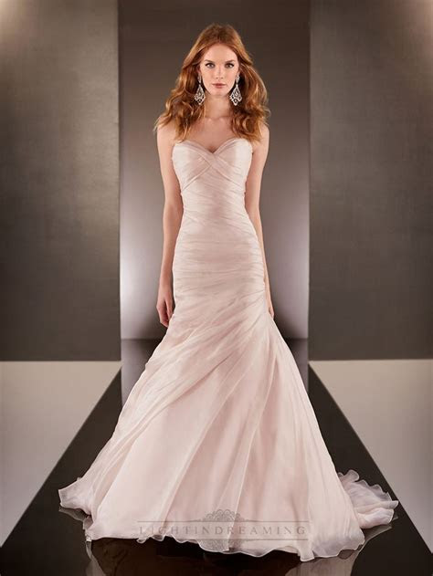 Sizzling Ruched Wedding Gowns Collection ? Designers