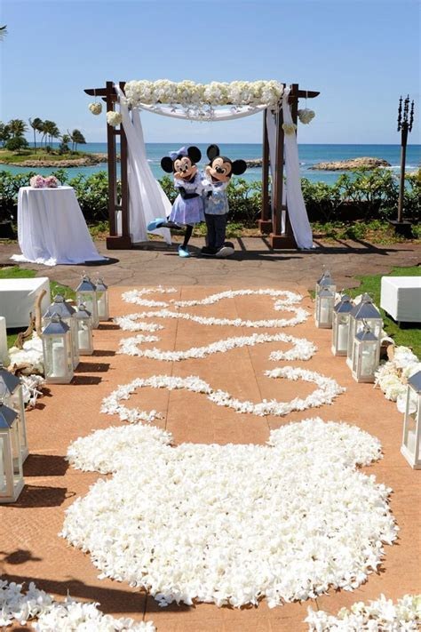 Best 25  Mickey mouse wedding ideas on Pinterest   Classic