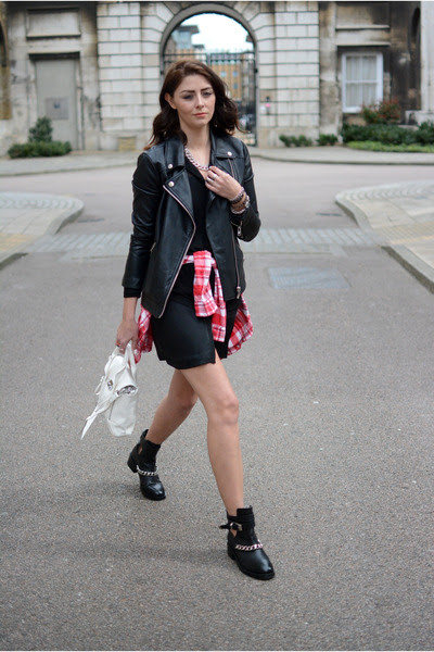 black River Island boots - black Zara dress - black Forever 21 jacket