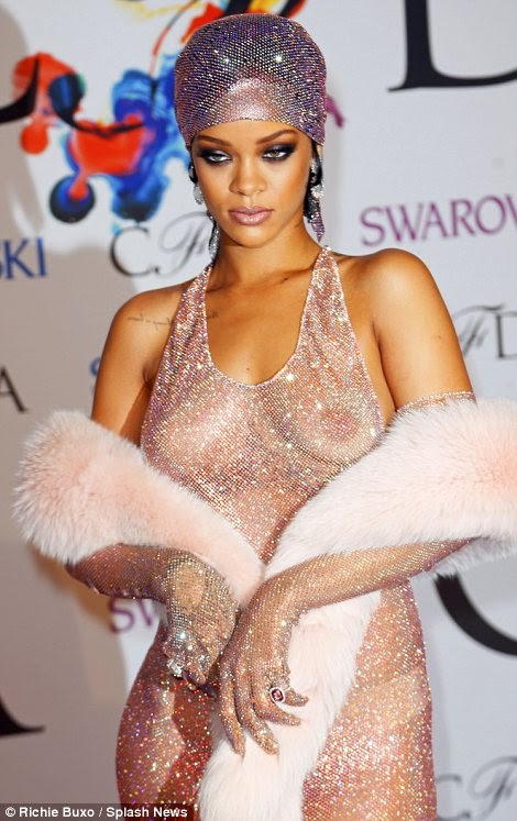 Rihanna Fashion Icon Award