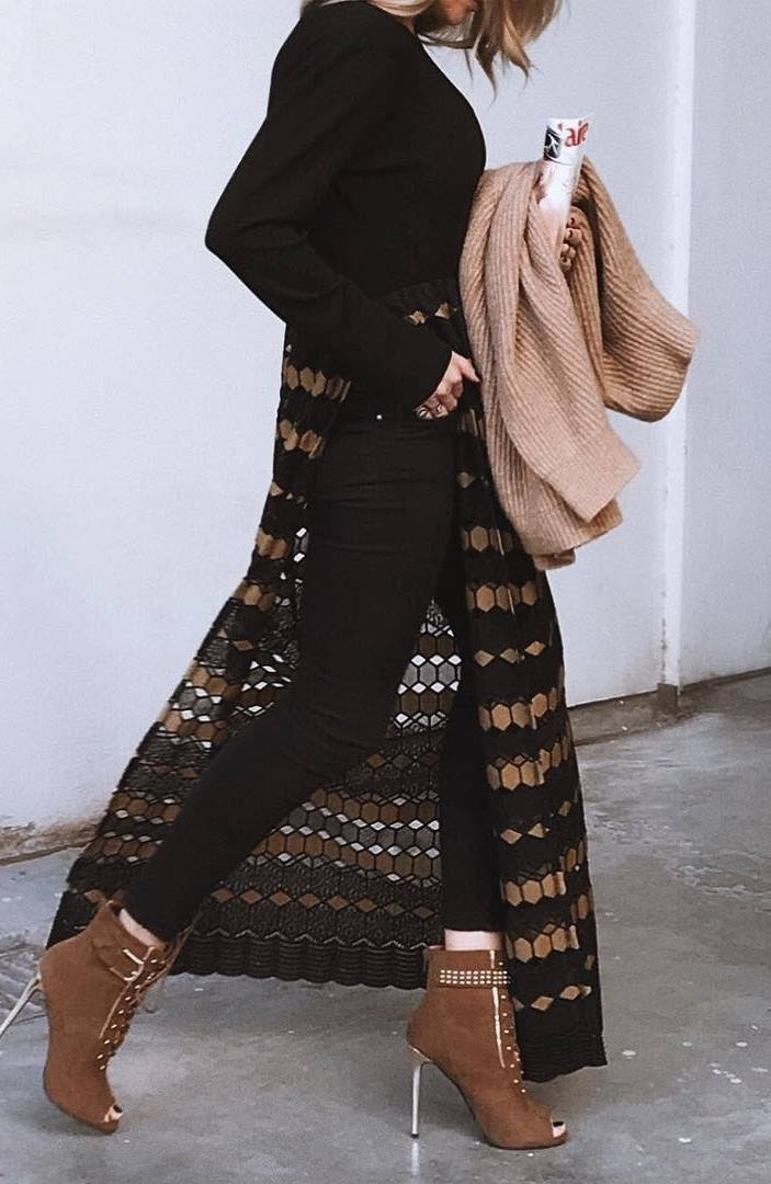 fashion trends / knit swetaer + long tunic + black skinnies + boots