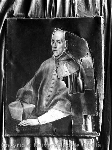 Restauración del cuadro del Greco del Cardenal Tavera el 1-11-1938. Fotografía de Antonio Sancho. Fototeca de la Universidad de Sevilla