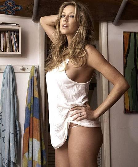 Luana Piovani sexy na revista 'Trip', em 2011