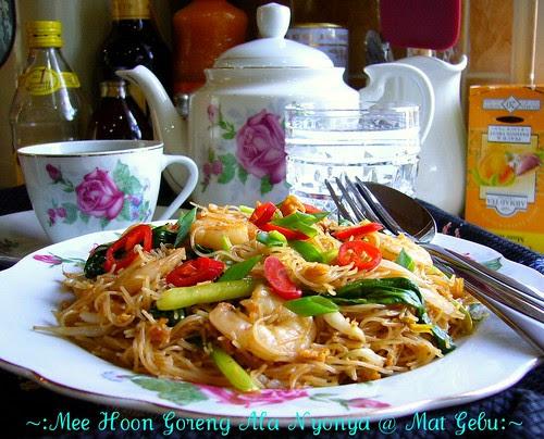 Mee Hoon Goreng Ala Nyonya