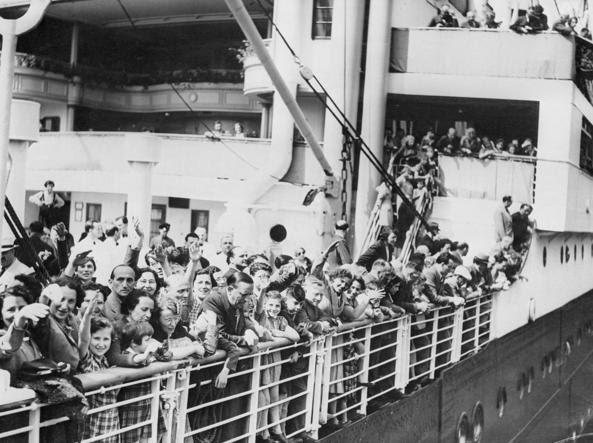 Profughi ebrei sul ponte della St.Louis