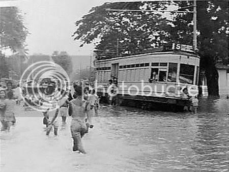 Banjir di Jl. Ir. H Juanda (sekarang)