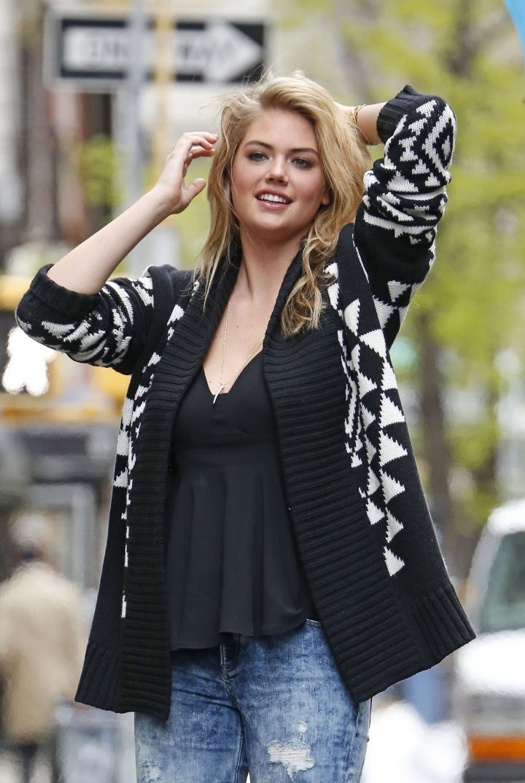 Kate Upton Street Photoshoot in NYC -01